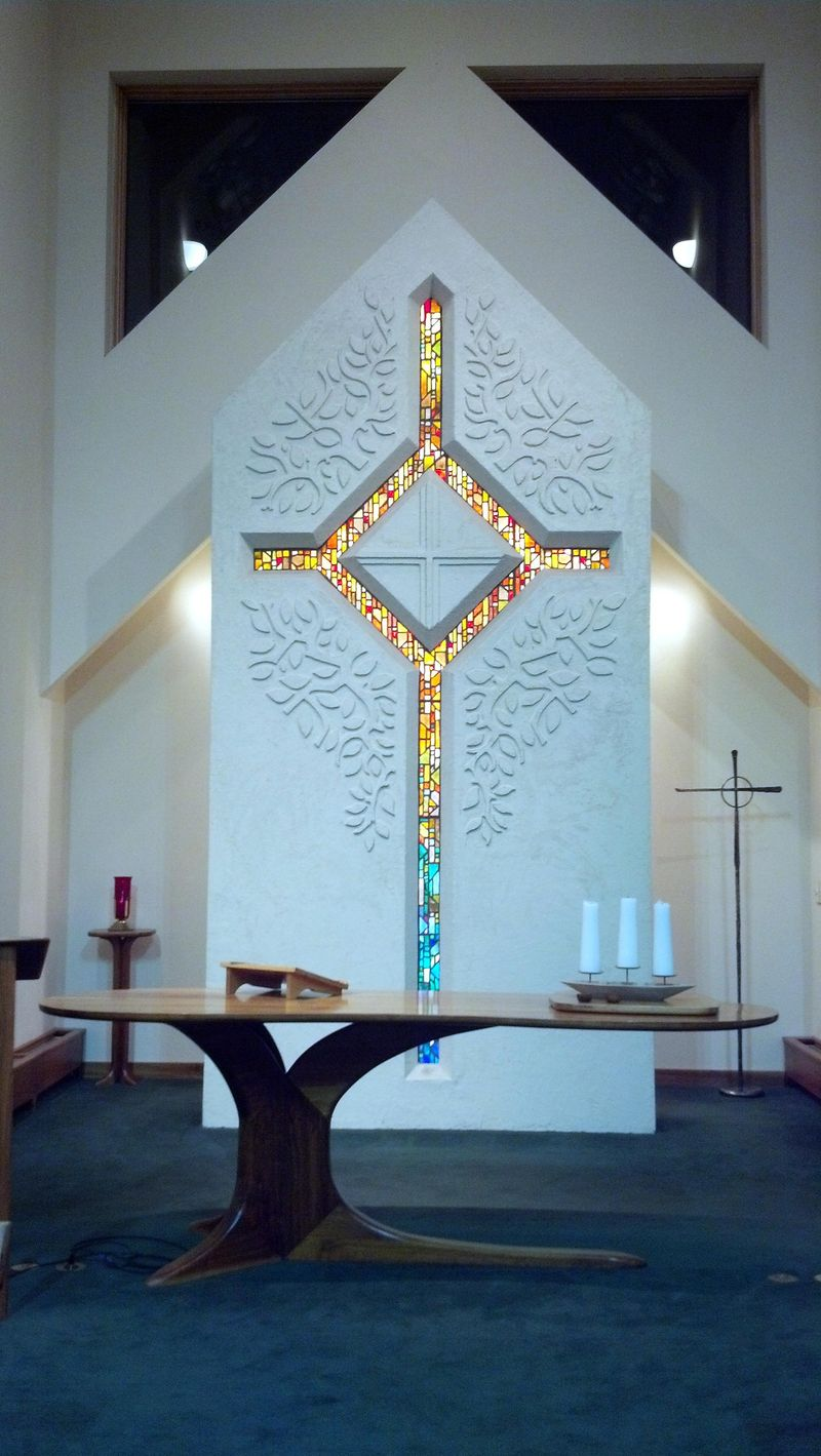Cross-lutheran