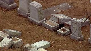 Jewish-cemetery-vandalism