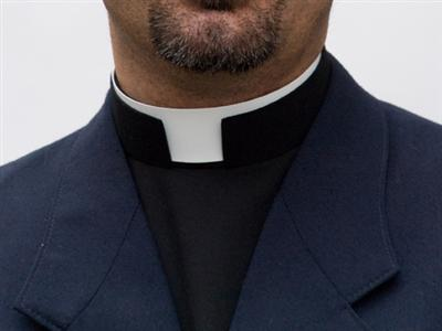 Priest-collar